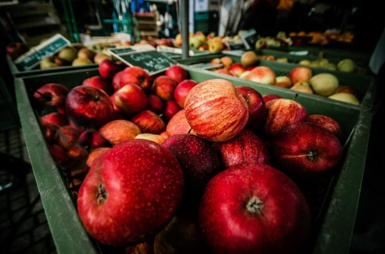 abundance-apples-blur-close-up-349730(1)