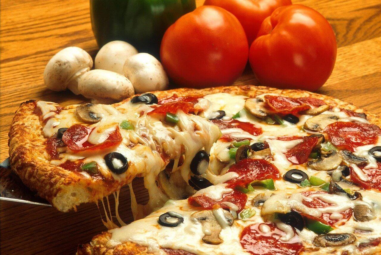 pizza-386717_1280(1)