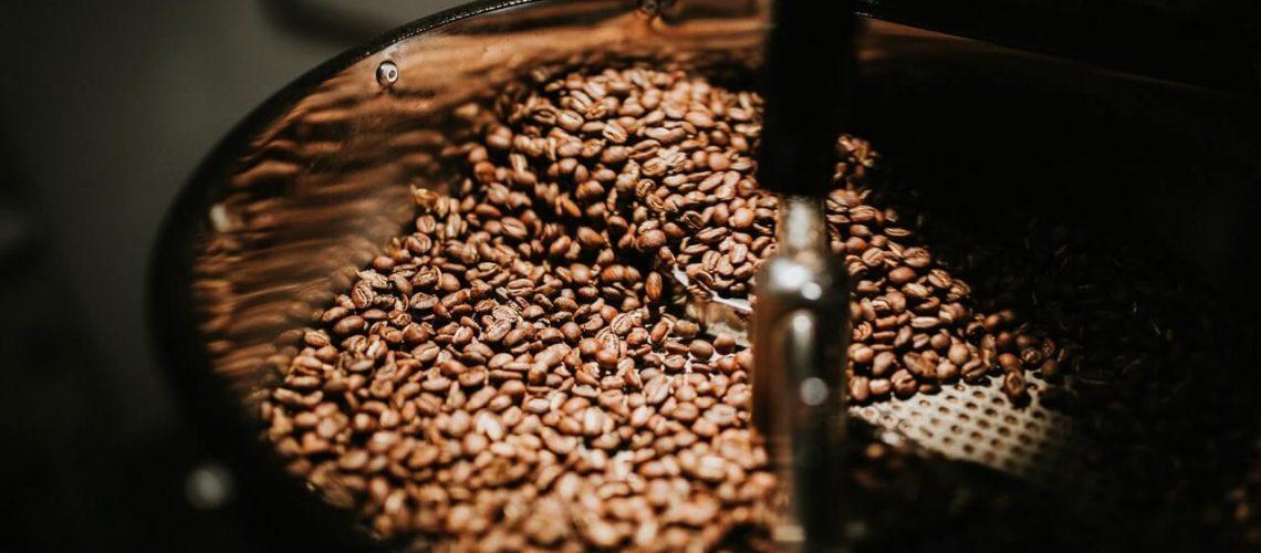 beans-black-coffee-caffeine-coffee-894695(1)