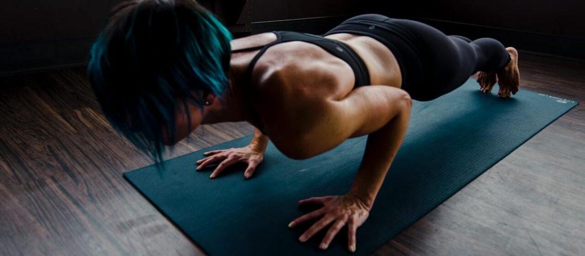 woman-doing-push-ups-2780762(1)