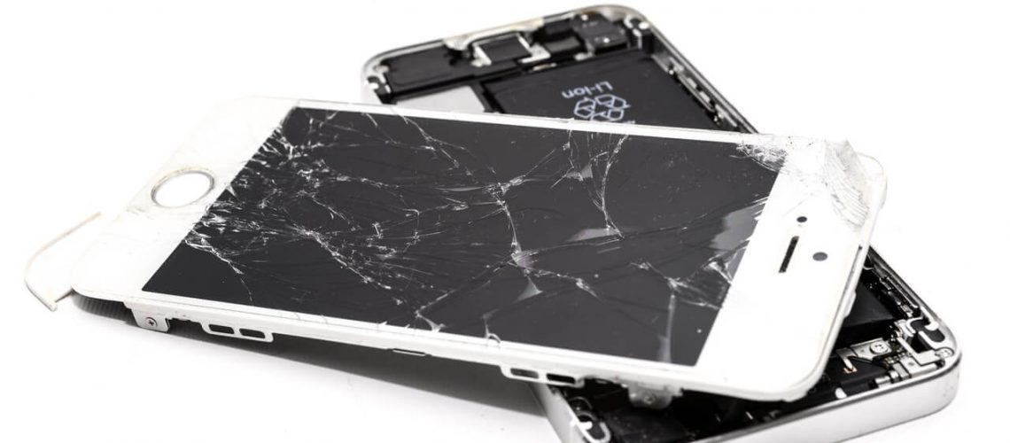 wrecked-iphone-1388947(1)